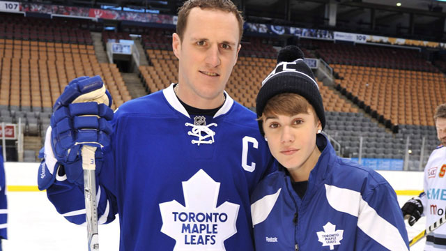 outlet store 56d52 e18f8 Leafs present 'blessed' Bieber with signed stick - Sportsnet.ca