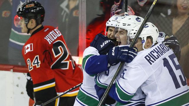 Canucks Edge Flames In High-scoring Affair