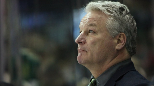 London-Knights-coach-and-co-owner-Dale-Hunter