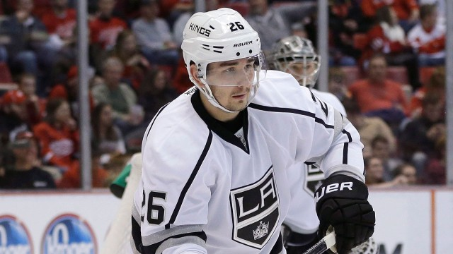slava-voynov-skating-for-the-los-angeles-kings