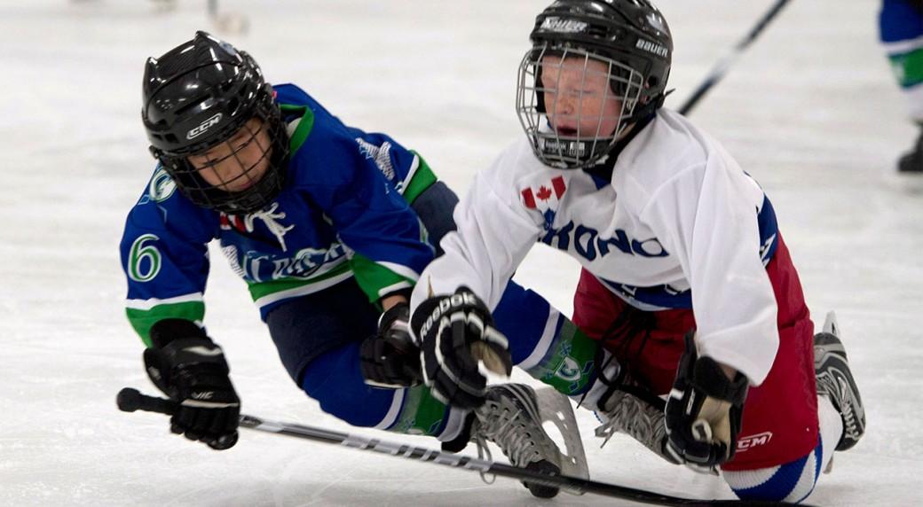Minor-hockey-players