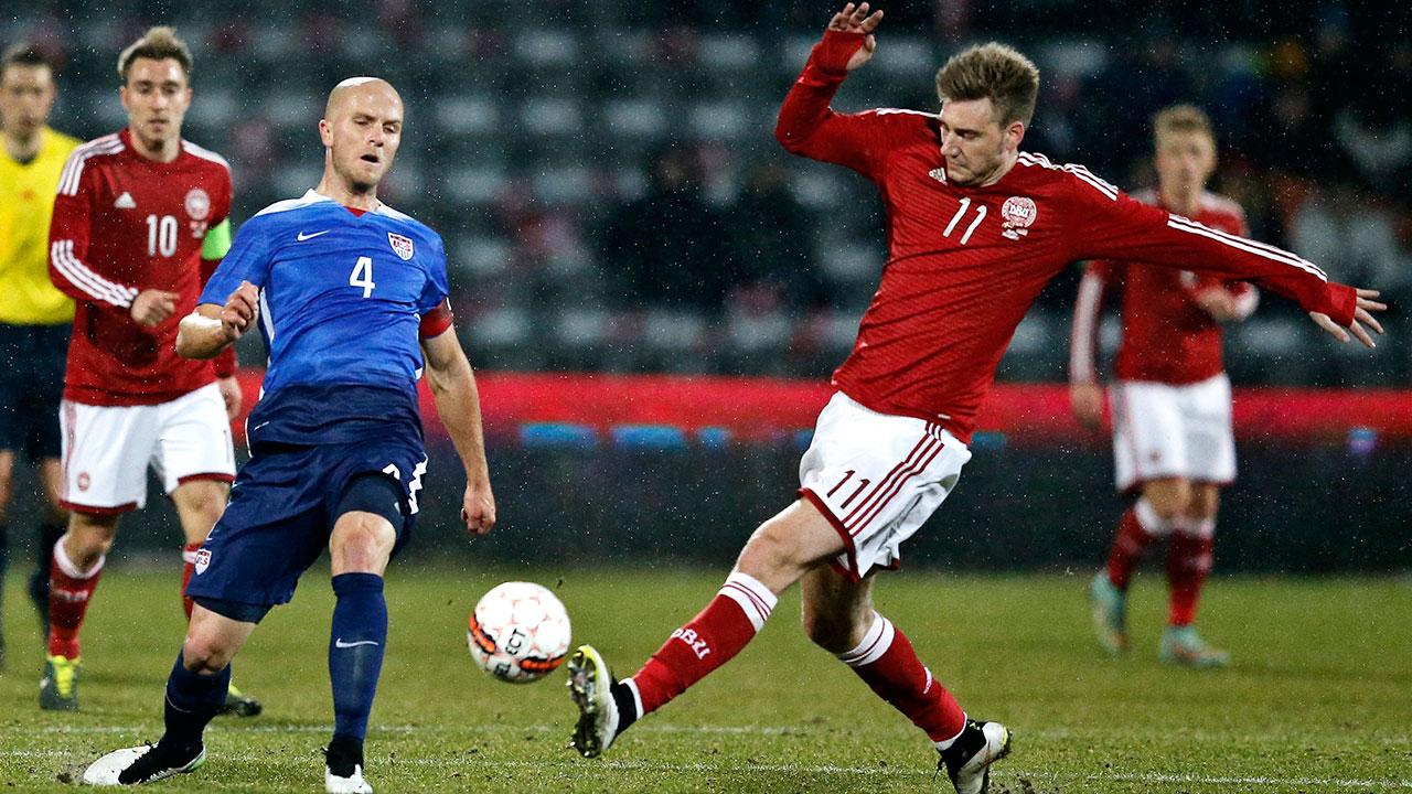 Nicklas-Bendtner;-Michael-Bradley;-Denmark;-United-States