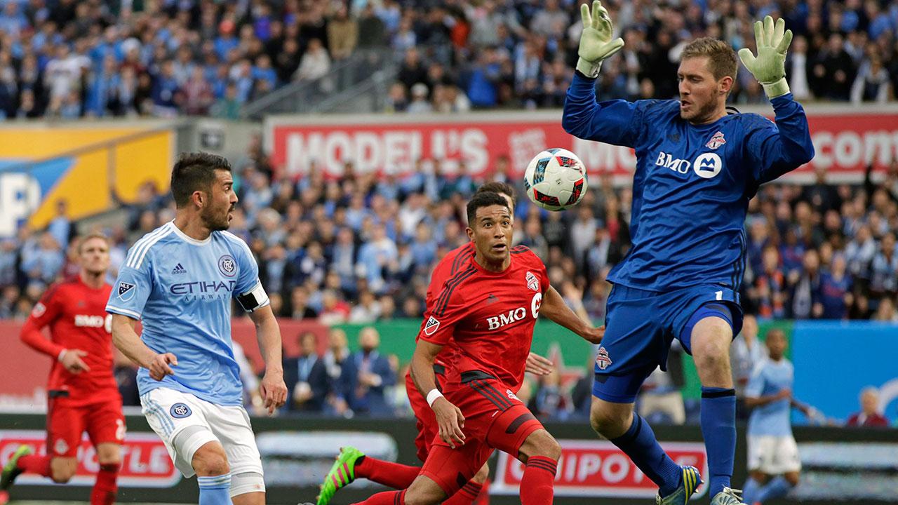 Clint-Irwin;-Toronto-FC