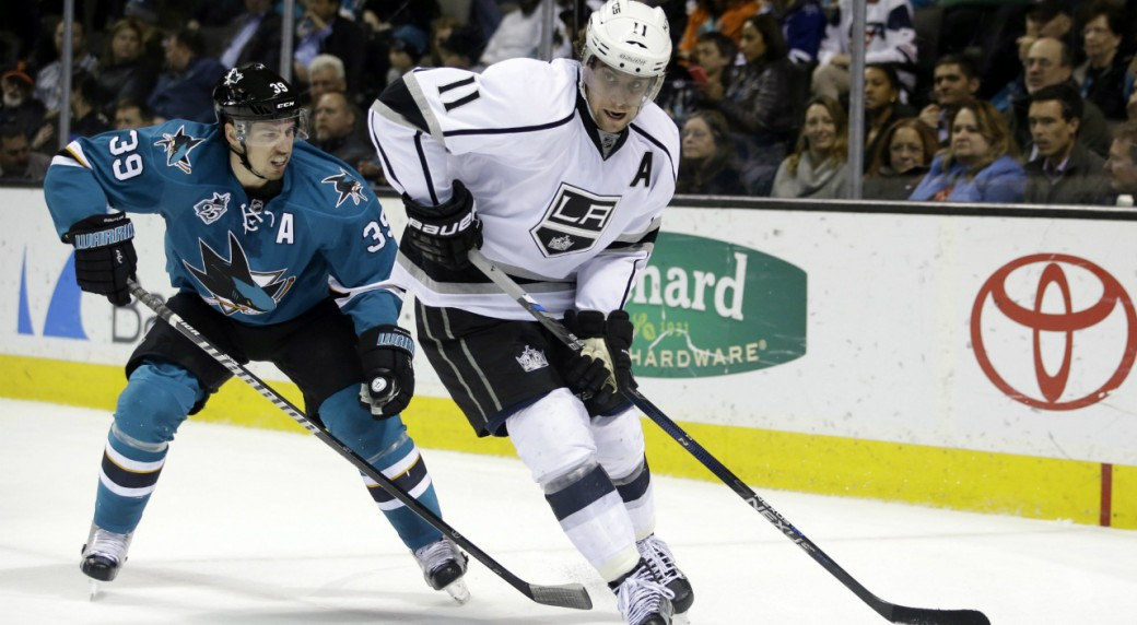 Los-Angeles-Kings'-Anze-Kopitar-(11)-is-chased-by-San-Jose-Sharks'-Logan-Couture-(39)-during-the-second-period-of-an-NHL-hockey-game-Monday,-March-28,-2016,-in-San-Jose,-Calif.-(AP-Photo/Marcio-Jose-Sanchez)