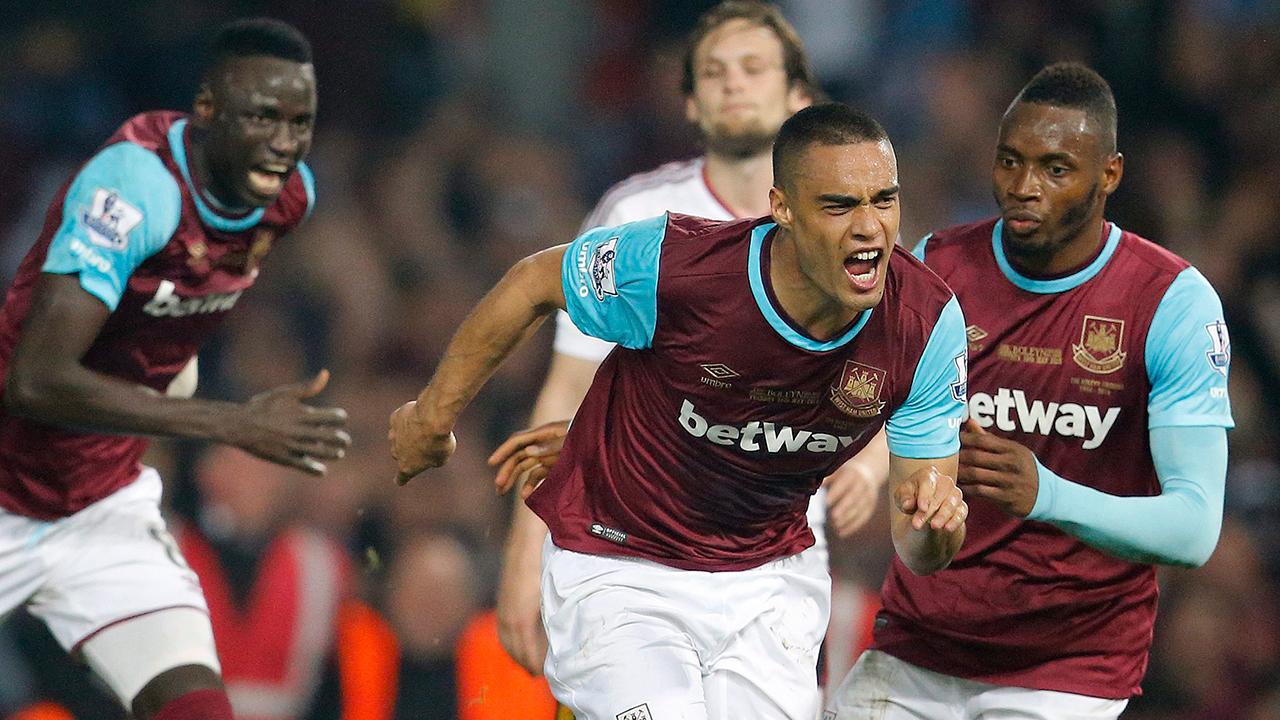 West Ham Beats Man United In Final Game At Boleyn Ground Sportsnet Ca