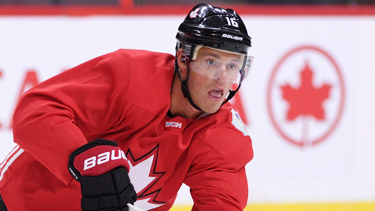 Team-Canada's-Jonathan-Toews-makes-a-pass-during-practice-in-Ottawa-on-Tuesday,-Sept.-6,-2016,-in-preparation-for-the-World-Cup-of-Hockey.-THE-CANADIAN-PRESS/Sean-Kilpatrick