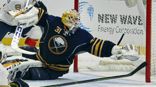 Buffalo-Sabres-goalie-Anders-Nilsson-(31)-makes-a-save-during-the-second-period-of-a-NHL-hockey-game-against-the-florida-Panthers,-Saturday,-Oct.-29,-2016,-in-Buffalo,-N.Y.-(AP-Photo/Jeffrey-T.-Barnes)