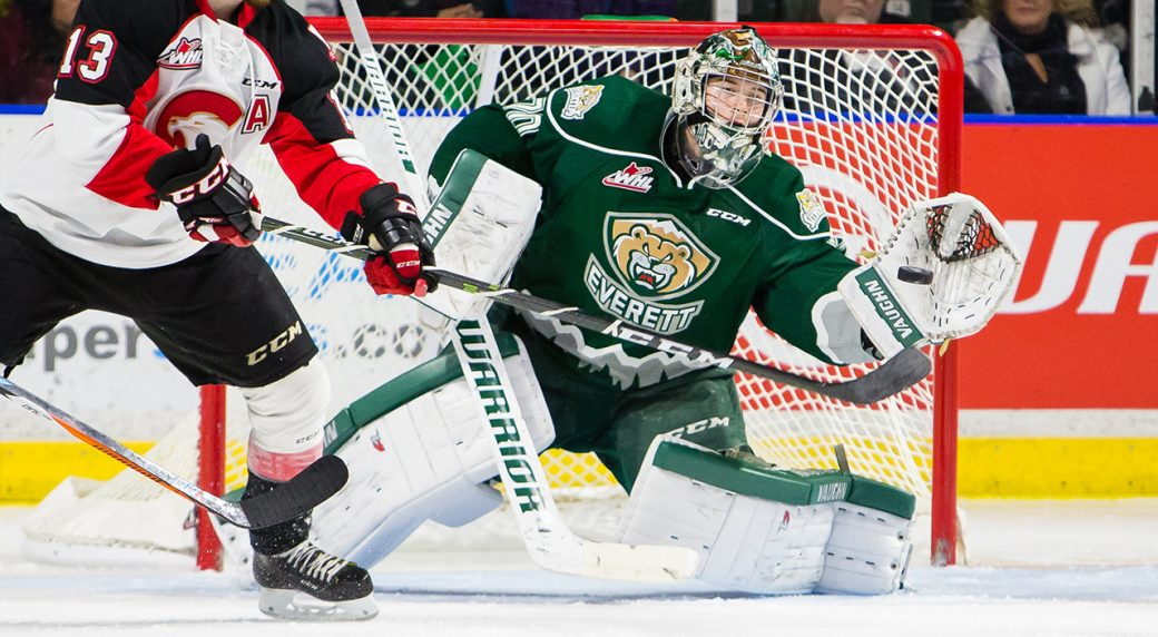 Carter-Hart,-Everett-Silvertips;-WHL;-CHL;-2017-IIHF-World-Junior-Championship;-Team-Canada