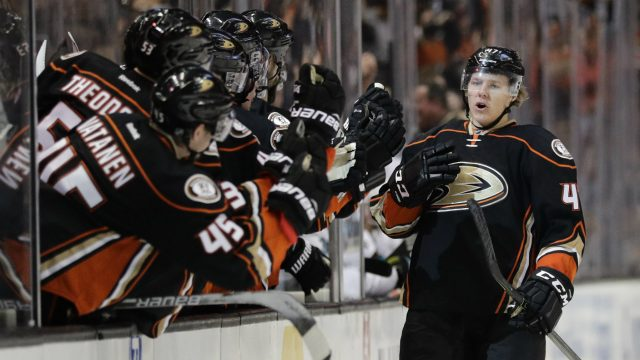 Anaheim-Ducks'-Hampus-Lindholm,-right,-of-Sweden-celebrates-his-goal-with-teammates-during-the-third-period-of-an-NHL-hockey-game-against-the-San-Jose-Sharks-Friday,-Dec.-9,-2016,-in-Anaheim,-Calif.-The-Ducks-won-3-2.-(Jae-C.-Hong/AP)