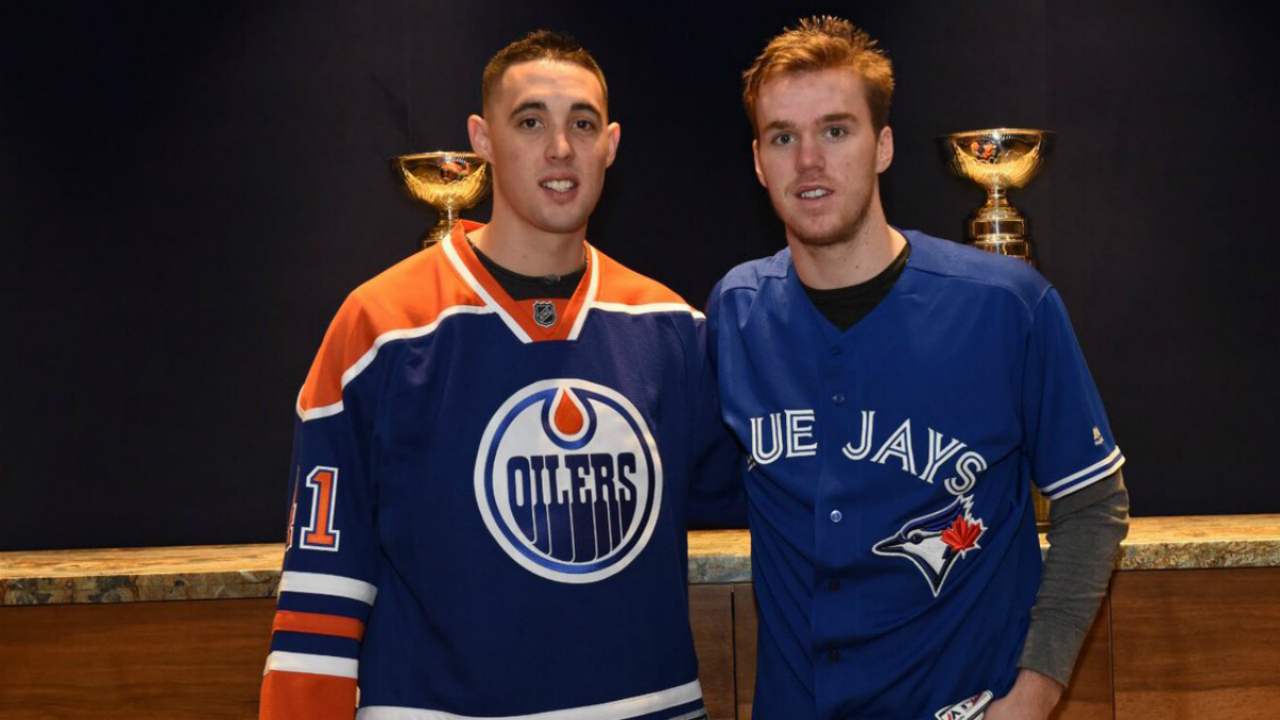 watch b4e08 198da Blue Jays, Oilers exchange pleasantries and jerseys ...