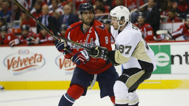 Washington-Capitals-left-wing-Alex-Ovechkin-(8)-goes-up-against-Pittsburgh-Penguins-centre-Sidney-Crosby-(87)-during-the-second-period-of-Game-1-in-an-NHL-hockey-Stanley-Cup-Eastern-Conference-semifinals-Thursday,-April-28,-2016-in-Washington.-(Pablo-Martinez-Monsivais/AP)