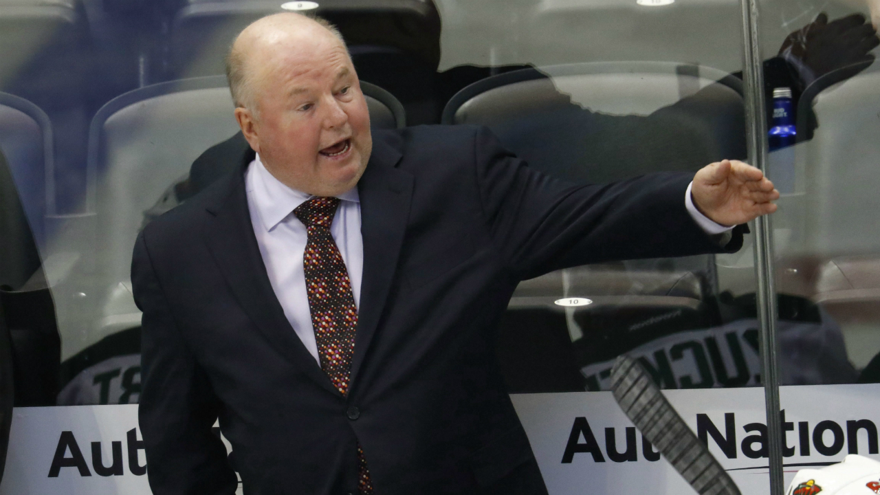 Minnesota-Wild-head-coach-Bruce-Boudreau-directs-his-players-against-the-Colorado-Avalanche-in-the-second-period-of-an-NHL-preseason-hockey-game-Tuesday,-Oct.-4,-2016,-in-Denver.-(David-Zalubowski/AP)
