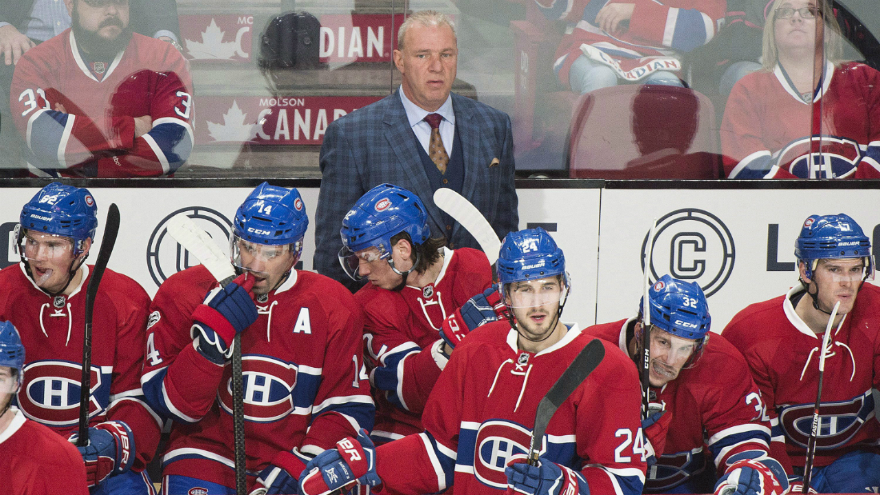 Montreal-Canadiens-head-coach-Michel-Therrien-looks-on-from-behind-the-bench-during-first-period-NHL-hockey-action-against-the-New-York-Rangers-in-Montreal,-Saturday,-January-14,-2017.-(Graham-Hughes/CP)