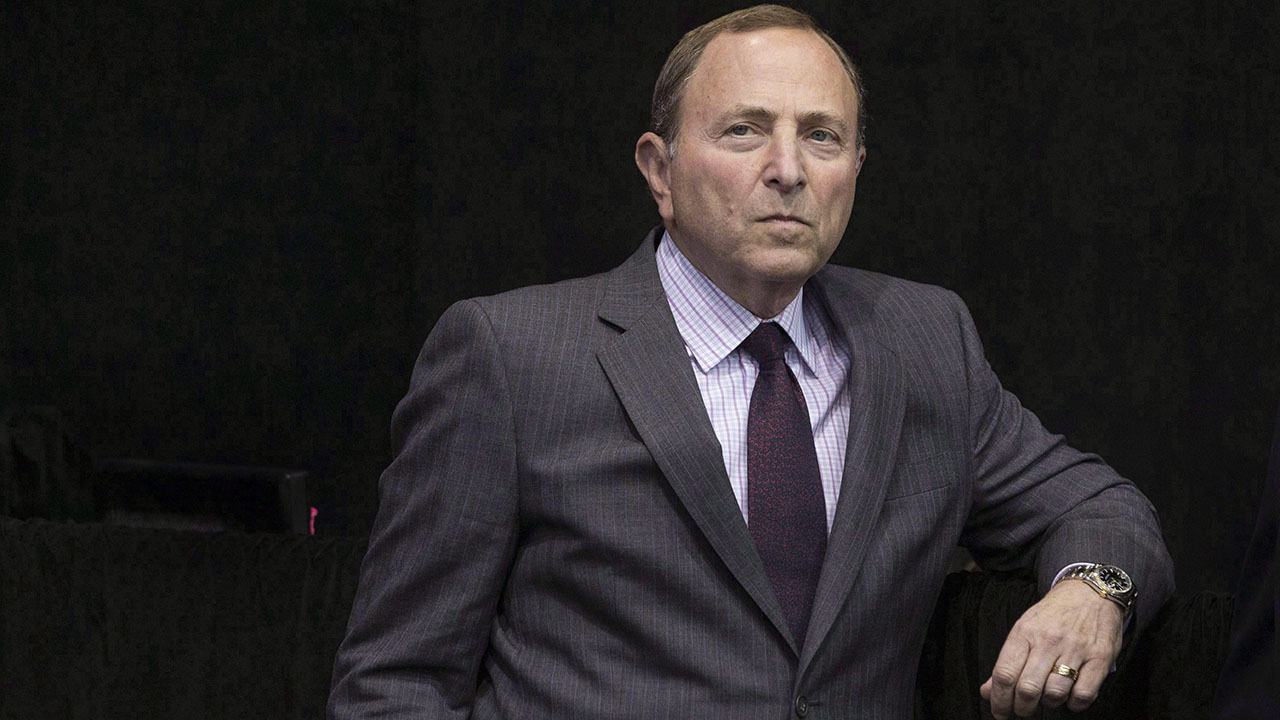 NHL-Commissioner-Gary-Bettman-attends-a-news-conference-as-the-NHL-announces-their-plans-for-the-league's-2017-centennial-celebrations,-in-Toronto-on-Tuesday-September-27,-2016.-The-NHL-isn't-any-closer-to-the-2018-Olympics---but-2022-remains-a-possibility.-(Chris-Young/CP)