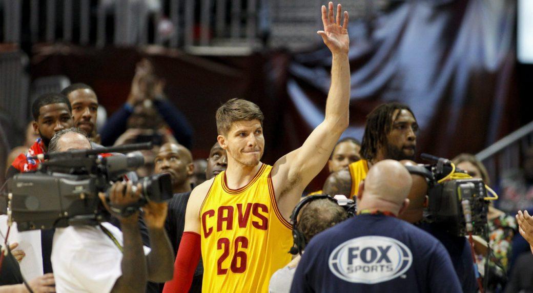 best loved 3c18a 4d930 Cleveland Cavaliers trade Kyle Korver to Utah Jazz ...