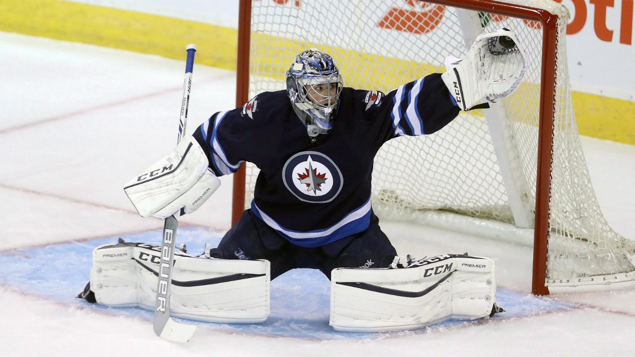 Winnipeg-Jets-goaltender-Eric-Comrie.-(Trevor-Hagan/CP)