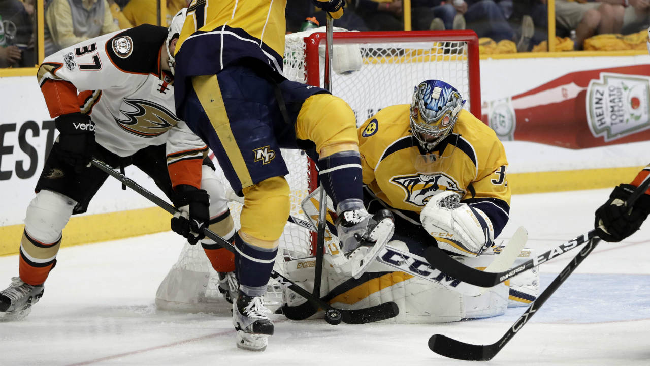 Nashville-Predators-goalie-Pekka-Rinne,-of-Finland,-defends-the-net-against-Anaheim-Ducks-left-wing-Nick-Ritchie-(37)-in-the-third-period-of-Game-4-of-the-Western-Conference-final-in-the-NHL-hockey-Stanley-Cup-playoffs-Thursday,-May-18,-2017,-in-Nashville,-Tenn.-(Mark-Humphrey/AP)