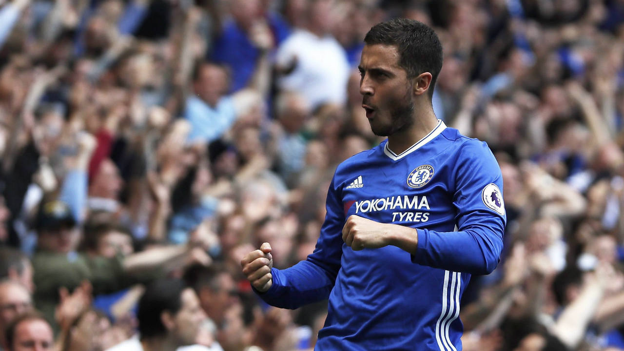 Chelsea's-Eden-Hazard-celebrates-after-scoring-his-side's-second-goal-during-the-English-Premier-League-soccer-match-between-Chelsea-and-Sunderland-at-Stamford-Bridge-stadium-in-London,-Sunday,-May-21,-2017.-(Kirsty-Wigglesworth/AP)