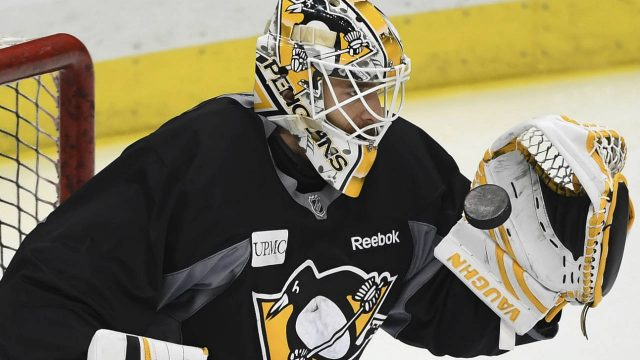 Pittsburgh-Penguins-Matt-Murray-catches-the-puck-during-hockey-practice,-Wednesday,-May-31,-2017-at-PPG-Paints-Arena-in-Pittsburgh.-(Peter-Diana/Pittsburgh-Post-Gazette-via-AP)