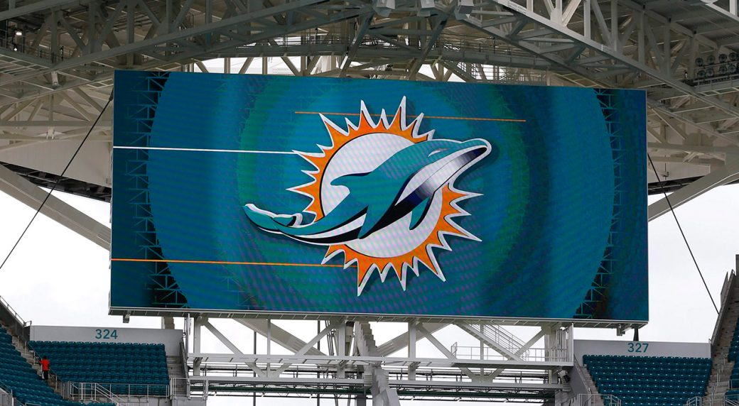Miami Dolphins, discontent with 'empty gestures,' to stay inside during both anthems
