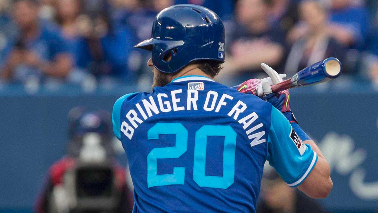 the latest 4fdf2 84317 Former Blue Jay Josh Donaldson switches to No. 27 with ...