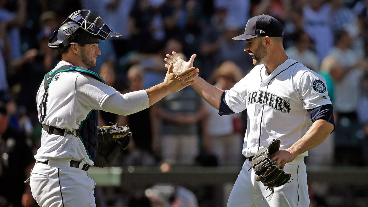 Seattle-Mariners-closing-pitcher-Marc-Rzepczynski-and-catcher-Mike-Zunino.-(Elaine-Thompson/AP)