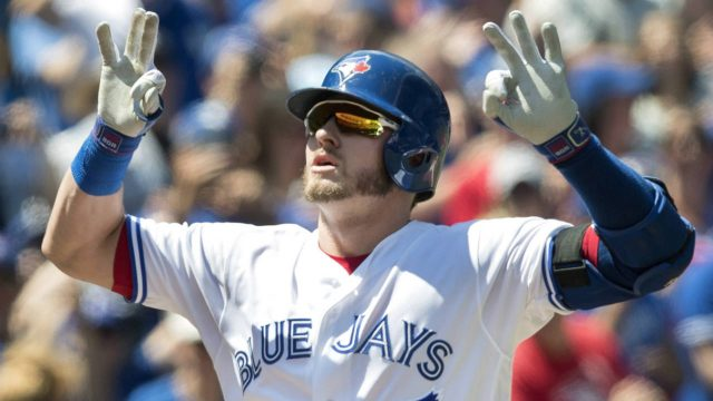 Toronto-Blue-Jays-Josh-Donaldson-crosses-home-plate-after-hitting-a-two-run-home-run-against-the-Pittsburgh-Pirates-in-the-first-inning-of-their-interleague-MLB-baseball-game-in-Toronto-on-Sunday,-August-13,-2017.-(Fred-Thornhill/CP)