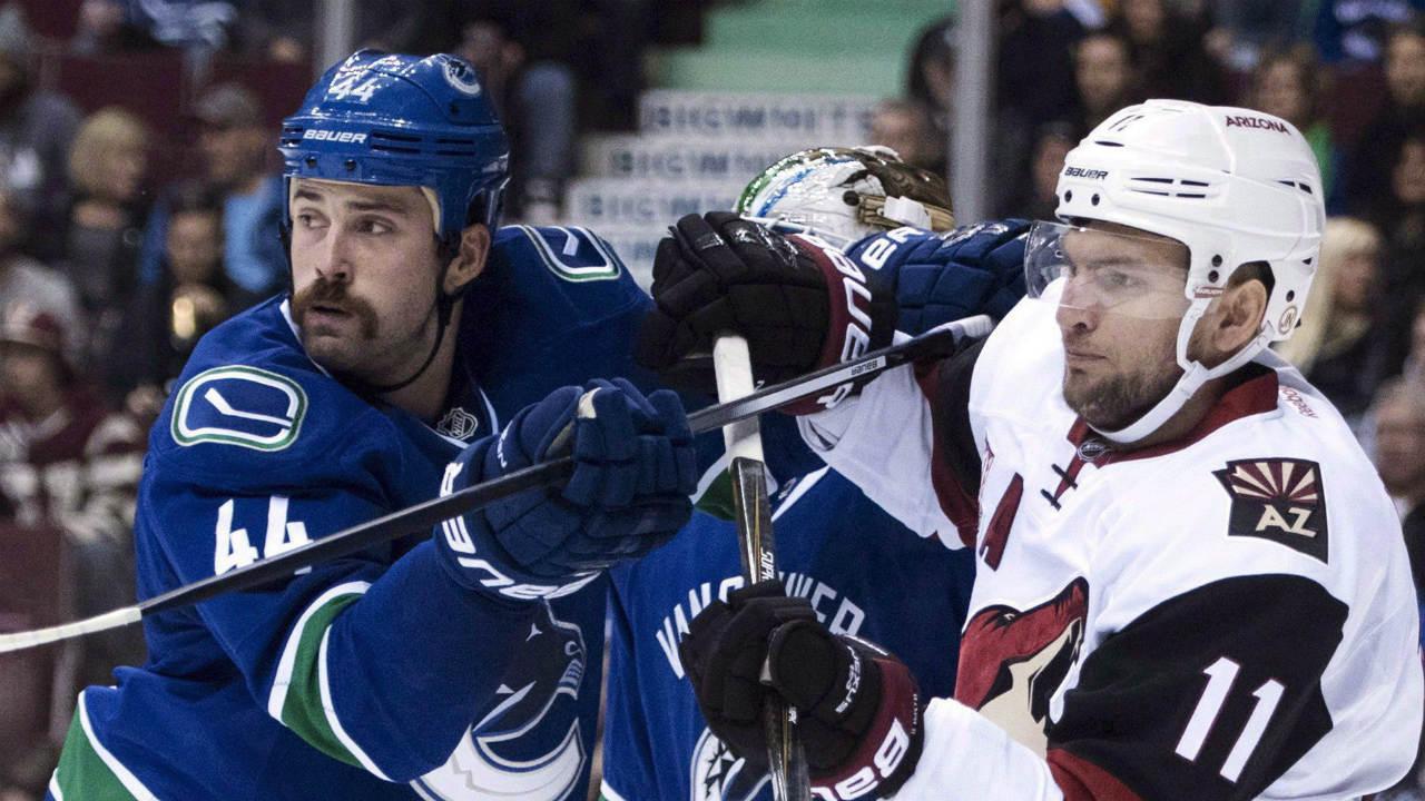 Vancouver-Canucks-defenceman-Erik-Gudbranson.-(Jonathan-Hayward/CP)