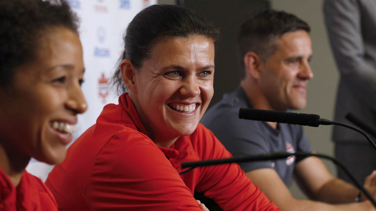 Christine-Sinclair.-(John-Woods/CP)