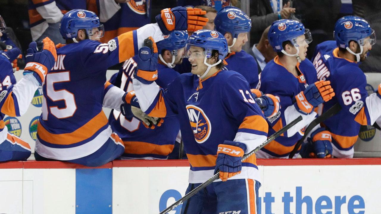 pretty nice 64fc9 59060 Mathew Barzal credits Islanders teammates for early NHL ...