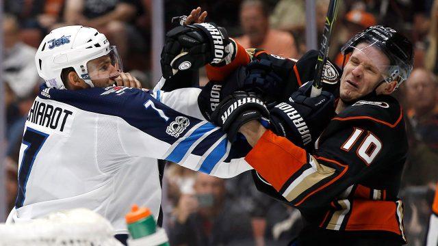 Winnipeg-Jets-defenceman-Ben-Chiarot