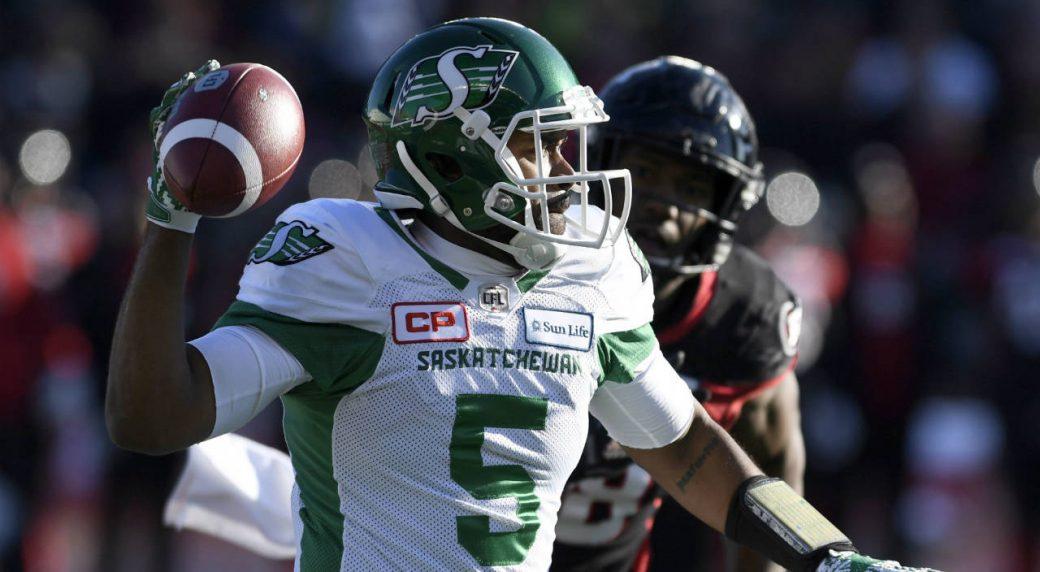 Saskatchewan-Roughriders-quarterback-Kevin-Glenn-(5)-throws-the-ball-during-Eastern-semifinal-CFL-action-against-the-Ottawa-Redblacks,-in-Ottawa-on-Sunday,-Nov.-12,-2017.-(Justin-Tang/CP)