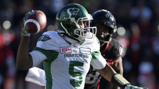 Saskatchewan-Roughriders-quarterback-Kevin-Glenn-(5)-throws-the-ball-during-Eastern-semifinal-CFL-action-against-the-Ottawa-Redblacks,-in-Ottawa-on-Sunday,-Nov.-12,-2017.-(Justin-Tang/CP)