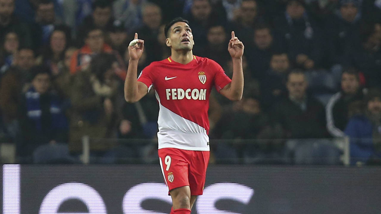 Monaco's-Radamel-Falcao-gestures-after-scoring-his-side's-second-goal-during-the-Champions-League-group-G-soccer-match-between-FC-Porto-and-AS-Monaco-at-the-Dragao-stadium-in-Porto,-Portugal,-Wednesday,-Dec.-6,-2017.-(Luis-Vieira/AP)