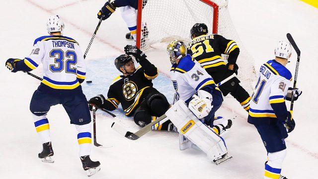 Goalie-interference;-St.-Louis-Blues;-Boston-Bruins;-Jake-Allen