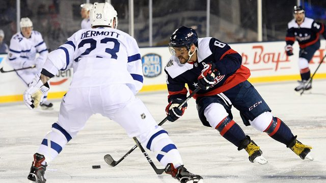 5 Memorable Moments From The Leafs Capitals Stadium Series Game Sportsnet Ca