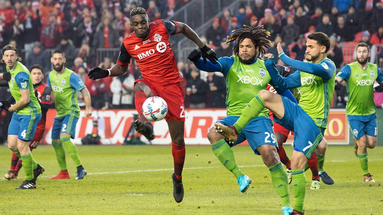 Toronto-FC's-Chris-Mavinga