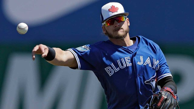 Josh-Donaldson-throws-baseball