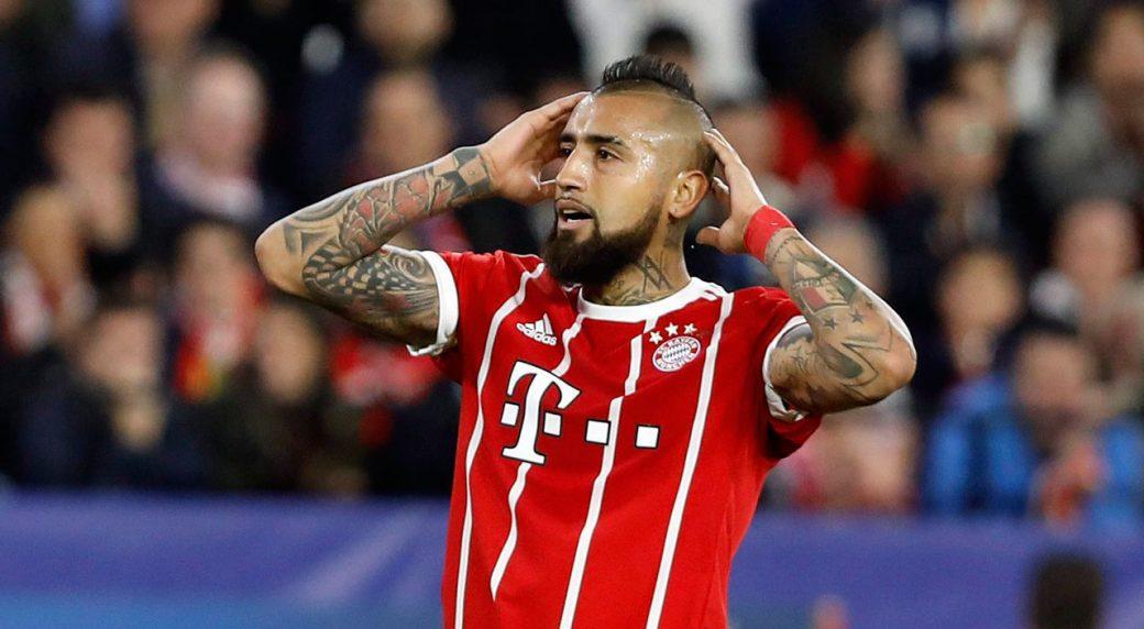 finest selection b066a 13f5e Bayern midfielder Arturo Vidal sidelined with knee injury ...