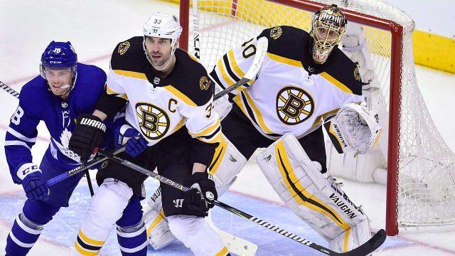 Boston-Bruins-goaltender-Tuukka-Rask