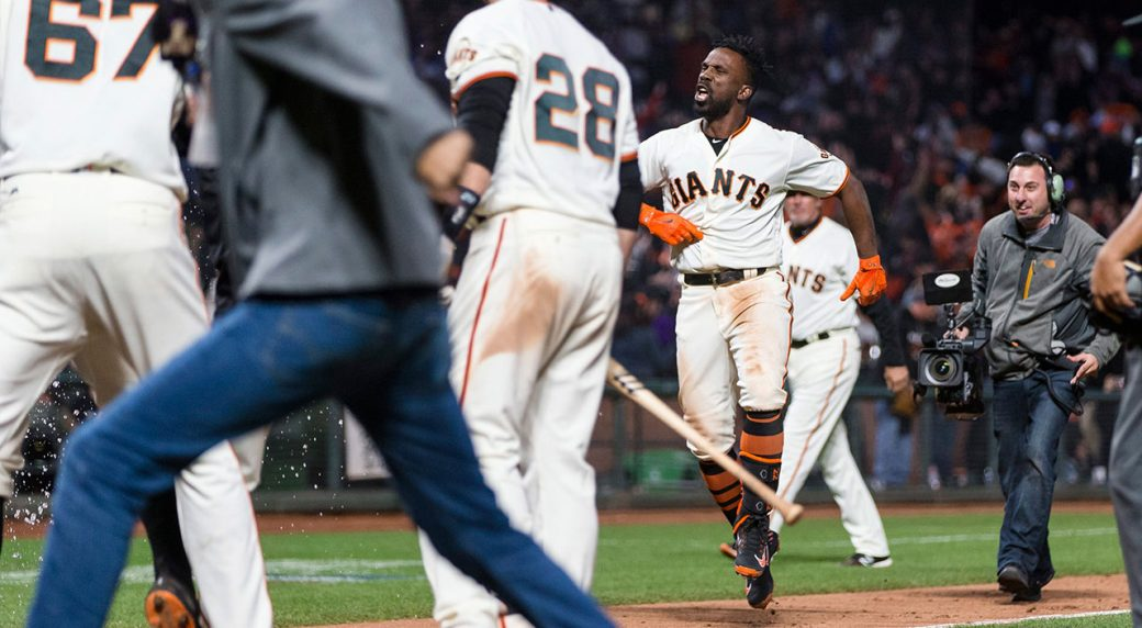 low cost 9b5ea 62873 McCutchen 14th inning home run lifts Giants over Dodgers ...