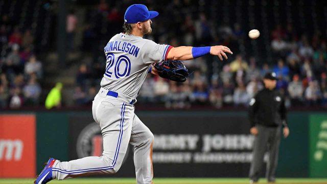 Toronto-Blue-Jays-third-baseman-Josh-Donaldson