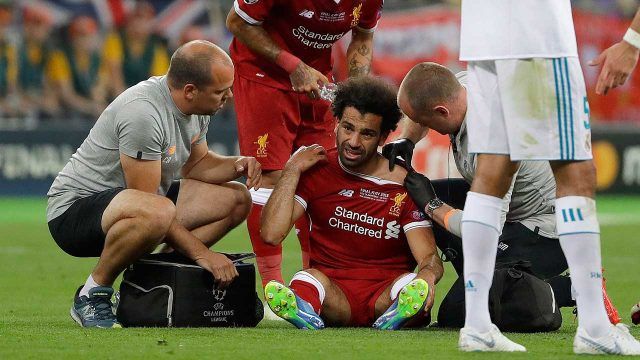 Liverpool's-Mohamed-Salah-gets-medical-treatment