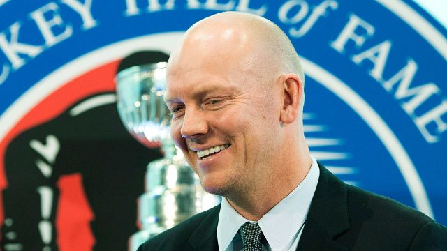 Mats-Sundin-smiles-as-he-is-inducted-into-Hockey-Hall-of-Fame