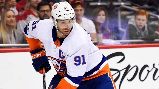 Twitter Reaction: John Tavares signs with the Toronto Maple Leafs