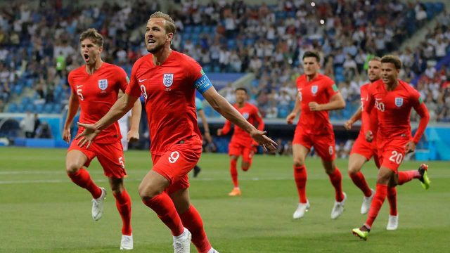 harry-kane-celebrates-scoring-against-tunisia-in-world-cup