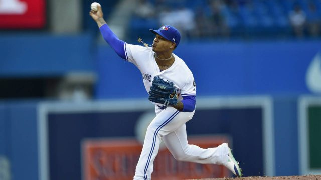 Toronto-Blue-Jays-starting-pitcher-Marcus-Stroman-(6)-throws-against-the-Detroit-Tigers-during-first-inning-American-League-baseball-action-in-Toronto-on-Friday,-June-29,-2018.-(Frank-Gunn/CP)