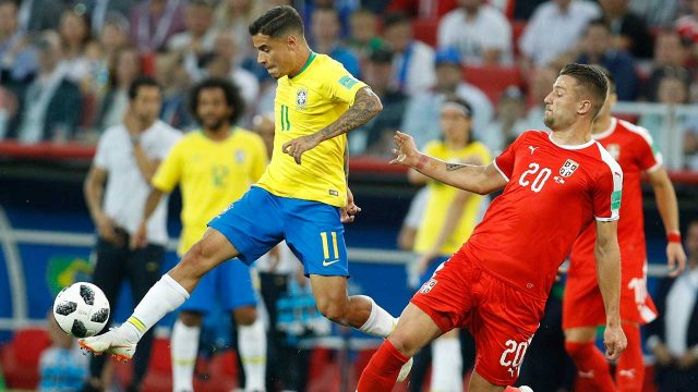phillippe-coutinho-challenges-for-ball-against-sergej-milinkovic-savic
