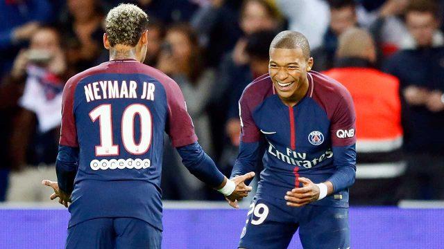 psg-neymar-mbappe-celebrate-goal