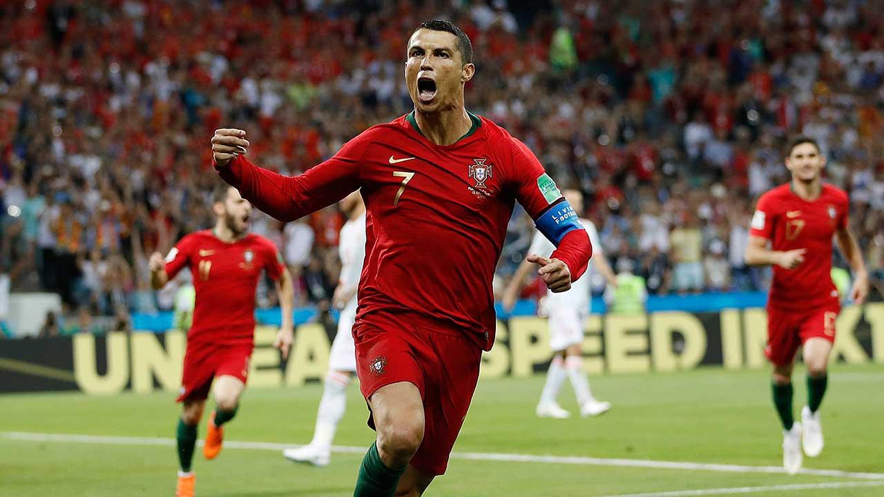 Cristiano Ronaldo joins Italian champions Juventus